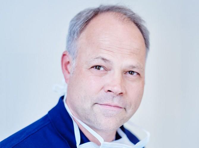 Dirk_Egenolf von Egenolf & Schlotmann - Ihrem Zahnarzt in Sundern