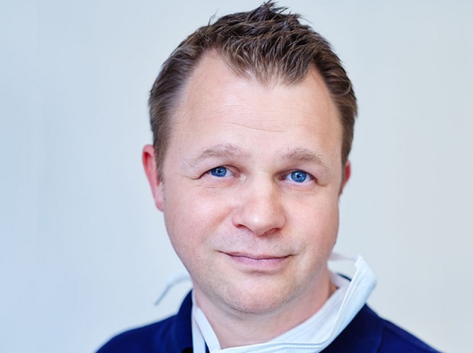 Ralph Schlotmann von Egenolf & Schlotmann - Ihrem Zahnarzt in Sundern